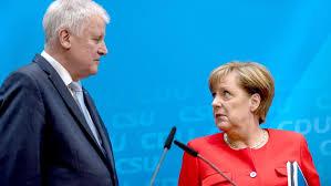 Risultati immagini per foto di Horst Seehofer, e la cancelliera Angela Merkel