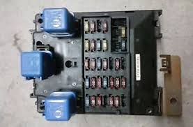details about 1998 2001 nissan altima fuse box relay box oem part 24350 9e000 image is loading 1998 2001 nissan altima fuse box relay box