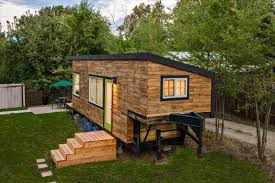 Unique Ideas House Made Of Pallets Tiny Pallet House With Flatbed Trailer |  99 Pallets