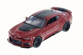 2017 Chevy Camaro Zl1 Red Maisto 31512r 1 24 Scale Diecast Model Toy Car Be Sure To Take A Look At This A Chevy Camaro Zl1 Chevy Camaro 2017 Chevy Camaro