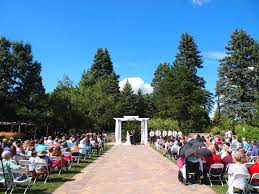 Lexie Nayt At The Gardens Of Castle Rock A Beautiful Outdoor Minnesota Wedding The