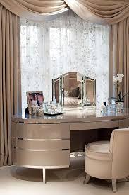 Best 25+ Dressing room decor ideas on Pinterest   Makeup room decor, DIY  beauty station and Diy vanity table