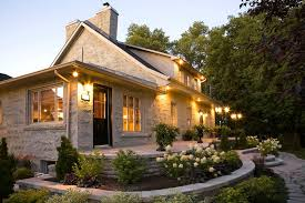 outdoor home lighting tips