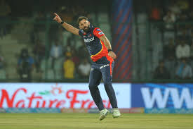 Red-<b>hot Liam</b> Plunkett dents KXIP on debut