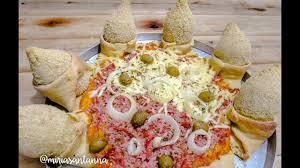 Diferença entre a pizza daqui e a dos EUA. Images?q=tbn:ANd9GcRTlKgTJdZh9CoZ7-2mUPrLWs3tWCrkSfmU4LAfozPhPF6lu3am
