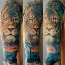 моя первая татуировка