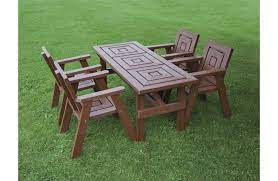 recycled plastic harrogate dining table