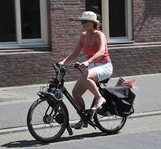<b>Motorized bicycle</b> - Wikipedia