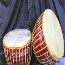 Alat musik selanjutnya yang sudah populer dan terkenal di masa sekarang adalah gendang. Alat Musik Jambi Beserta Penjelasannya Terlengkap