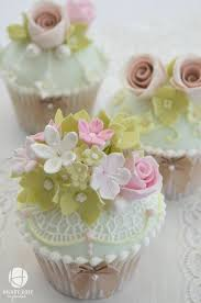 Vintage Tea Party Cupcakes These Are So Pretty With The Little