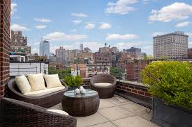 Julia Roberts\u0027 NYC apartment on market for $4.5M   Page Six