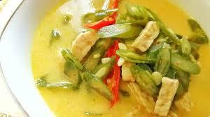 Kuah santan membuat masakan lebih terasa gurih dan kental. Resep Sayur Buncis Kuah Santan Portalmadura Com