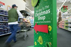 Walmart to Stay Open Until 8pm on Christmas Eve
