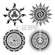 Foto Tatuaggio Tribale Immagini E Vettoriali