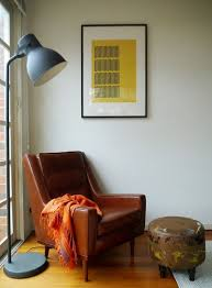 floor lamp for dining room table. place this huge floor lamp at a corner to create reading nook for dining room table n