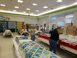 Hopewell Valley Quilters | Quilting around Pennington NJ & 2015 Pennington Day Quilt Show 039 Adamdwight.com