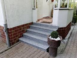 Zweiläufige treppe mit podest in stahl mit sollnhofner natursteinplatten. Treppe Aussen Haus Eingang Podest Naturstein Granit Beton Stufe Setz Ebay