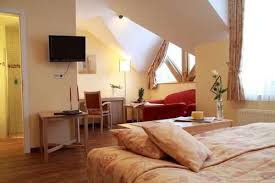 Wolters cat & dog outlet store. 1 Hotels Gross Mackenstedt Gratis Storno Fur Viele Hotels Preisgarantie Bei Hotels Com