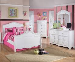 exquisite full size sleigh bed by ashley furniture in white ashley furniture bedroom photo 2