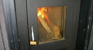 Kachelofen Sichtscheibe Der Feuertür Reinigen
