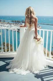 Pin by Reyna Riggs on Wedding Dreams | Wedding dresses, Tulle wedding  dress, Beach wedding dress