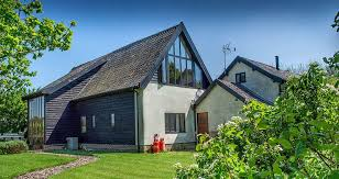 farm barn. In The Village Of Rougham, And With Husband Jack, They Aim To Continue Warm Friendly Welcome That Has Become Hallmark Oak Farm Barn. Barn