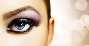 just like clothes have e in and out of fashion over the last century so have diffe eye makeup trends from the early 20th century to today