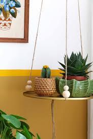 DIY Hanging Tray for vtwonen - Enter My Attic