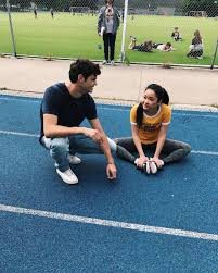 12:58 tanya lao 5 521 079 просмотров. To All The Boys I Ve Loved Before On Twitter Find Someone Who Looks At You The Way Peter Looks At Lara Jean Via Lanacondor