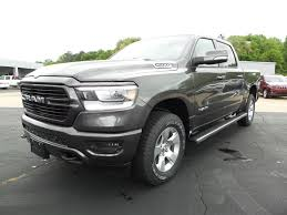 New 2019 Ram 1500 BIG HORN / LONE STAR CREW CAB 4X4 5'7 BOX For Sale | Columbia MS | 1C6SRFFT4KN784716