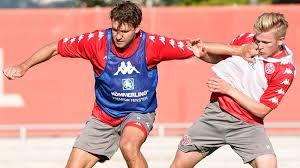 Wird deutschland der einzug ins achtelfinale gelingen? Mainz Profi Adam Szalai Kehrt Ins Teamtraining Zuruck Das Geschehene Hinter Mir Lassen Sportbuzzer De
