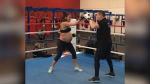 This Australian mom-to-be is 9 months pregnant and still boxing in the ring