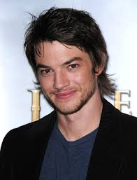Craig Horner Height - How Tall