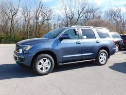 2018 New Toyota Sequoia SR5 4WD at Fayetteville Autopark, IID 17082326