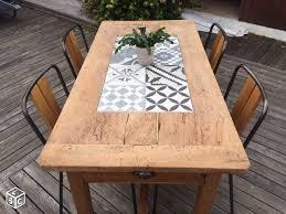 Table De Ferme Rénovée Avec Carreaux De Ciment Maison écolo Zéro