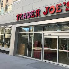 Trader Joes Swings Open On The Lower East Side Today Eater Ny