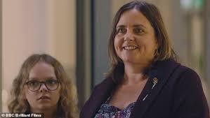 Justine littlewood (montanna thompson) and tracy beaker (dani harmer). Dani Harmer Returns To Tracy Beaker In New Spoiler Daily Mail Online