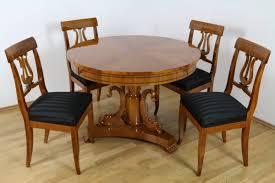 Essgruppe Sitzgarnitur Runder Tisch Mit 4 Lyra Stühlen In Kirschbaum Handgefertigtes Stilmöbel