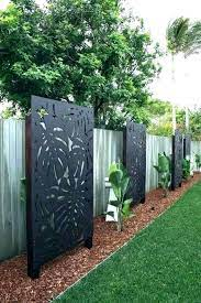 30 backyard garden fence decor ideas