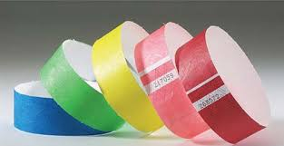 Браслеты бумажные Контрольные браслеты tyvek зайцам входа нет   использовать одноразовые браслеты в качестве рекламных носителей стоит отметить что реклама отеля или торгового центра сработает гораздо эффективнее
