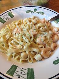 seafood fetachini alfredo from olive garden