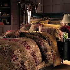 elegant look bedroom with lavish patchwork jacquard bedding set gold black geometric pattern duvet gold black geometric pattern duvet and signature
