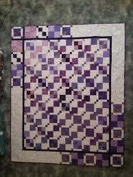 8 best images about Quilt Borders Ideas on Pinterest | Stitching ... & Love the border Looks like a magic nine patch block with a 4 patch block. Quilt  BorderQuilting IdeasQuilt ... Adamdwight.com