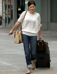 louis vuitton bags celebrities. here is sophia bush leaving the airport. what celebrity doesn?t have a louis vuitton speedy? it very classic lv bag bags celebrities