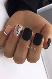 94 The Best Glamorous Nail Design Ideas So That You Flaunt Your