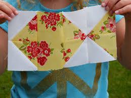 Pretty Little Quilts: Summer Beach Quilt Tutorial Part I - Fish Block & Summer Beach Quilt Tutorial Part I - Fish Block Adamdwight.com