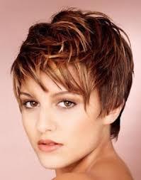 Jak Udělat Krásný účes Z Krátkých Vlasů Jak Udělat Krásný účes Pro