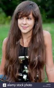 12 19 brunette teen