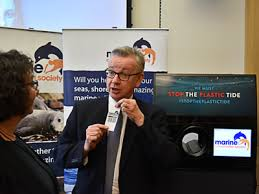 Reverse Vending Machine Uk Mesmerizing Gove Comes Facetoface With Reverse Vending Machine News