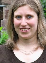 Judith Huber wird in Schulen und in der katholischen Jugendarbeit eingesetzt / Zuständig für Seelsorgeeinheiten im westlichen Landkreis. - 32081222
